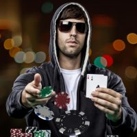 How to play Online Poker like a Pro