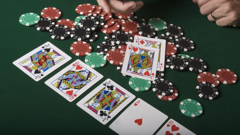 Detailed Play Online Poker Guidebook